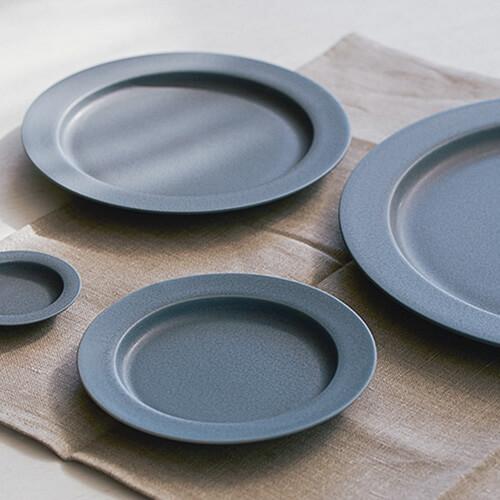 イイホシユミコ yumiko iihoshi porcelain/「unjour アンジュール」プレート rainy gray(5サイズ)